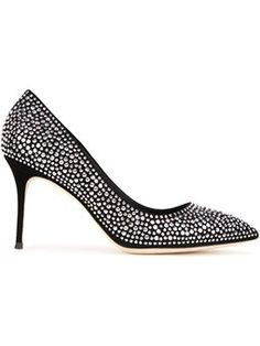 pointed crystal pumps
