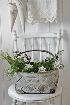 cottage white.......this would look good with every green branches and some red ornaments for Christmas.