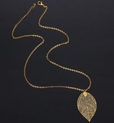 Retro fashion Women copper Plated Gold necklace long Chain Choker butterfly Leaves round Hollow Pendant necklace Jewelry Gifts