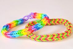 How to Make a Three-Pin Fishtail by  loomlove #Crafts #Rainbow_Loom