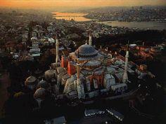 #Istambul, a antiga Constantinopla do Império Bizantino.