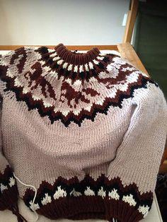 Ravelry: Frenja Icelandic Horse sweater pattern by iym Icelandic Sweaters, Icelandic Horse, Horse Pattern, Horse Crafts, Fair Isle Pattern, Sweater Knitting Patterns, Knit Crochet, Sewing Patterns, Cross Stitch