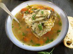 Ciorbă din cap de crap – o delicatesă populară | Epoch Times România Crap, Thai Red Curry, Beverage, Tasty, Cooking, Ethnic Recipes, Food, Kitchen, Drink