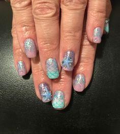 Acrylic starfish nail art