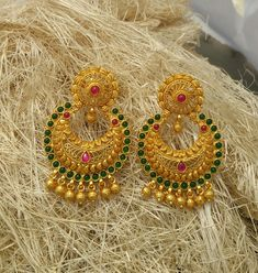 Beautiful chandh bali's made in pure silver and gold polished To order WhatsApp or call Gold Jhumka Earrings, Jewelry Design Earrings, Gold Earrings Designs, Gold Jewellery Design, Pendant Jewelry, Jewelry Rings, Quartz Jewelry, Quartz Ring, Handmade Jewellery