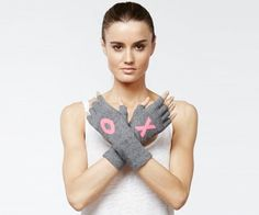 Fingerless gloves XO