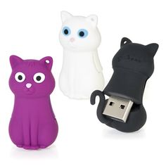This handy cat-shaped memory stick will safely store up to 4GB of your important data. Documents, reports, photos, meowsic... the lot.