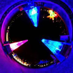 Vorletztes Wochenende! #Tollwood #München  #wiralle #wir #weihnachtsmarkt #muenchen #minga #munich #christkindlmarkt #munichart #tollwoodwinterfestival #festival #streetfood #urbanart #tinyplanet #smallplanet #littleplanet #lifein360 #lifeis360 #munichstreetart #360panorama #360gradmünchen #360photo #lifeallin #tinyplanetbuff #market #winter #art
