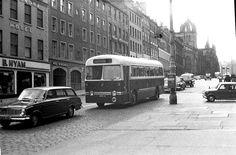 edinburgh history - Edinburgh Corporation on route 14 in High Street in 1966