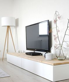 Display Your Television On A Modern Media Console