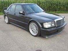 Mercedes-Benz 190 E 2.5-16 Evolution l + original steel as a sedan in Lahr