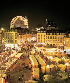 At the moment, I'm living about an hour away from Lille and already I can't wait to go to the Christmas market!