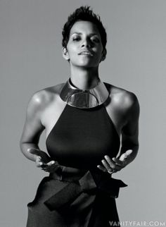 Halle Berry from Adventures in Hollywood: The 2013 Vanity Fair Hollywood Portfolio. Photographed by Bruce Weber. Hollywood Glamour, Vanity Fair Hollywood Issue, Halle Berry Style, Halle Berry Hot, Bruce Weber, Hally Berry, Oscar Verleihung, Divas, Rihanna