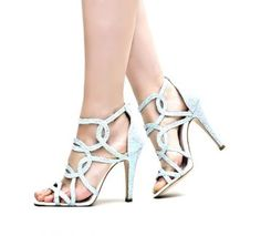 Temptation / Judith Topuklu Sandalet - ÜCRETSİZ KARGO Comfortable Shoes, Valentino, Stylish, Heels, Fashion, Comfy Shoes, Heel, Moda, Fashion Styles