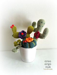 Amigurumi Little Garden - crocheted cacti and succulents - Four plants compositions - Fiber Crochetted sculpture by CreoErgoSumHandmade on Etsy https://www.etsy.com/listing/208105649/amigurumi-little-garden-crocheted-cacti