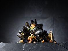 Casserole de moules au chorizo, aux tomates et à l'origan par le Chef Giovanni Apollo #apollorecettes