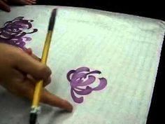 元智大學國畫課-許瑞月指導學員畫菊花101.2.21-2.avi - YouTube