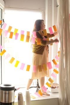 how to: make crepe paper bunting. I'll use dollar store streamers