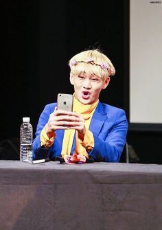 The one side of Taehyung we never knew. Jimin, Jhope, Bts Bangtan Boy, Kim Taehyung Funny, V Taehyung, Foto Bts, K Pop, Cypher Pt 4, Bts Face