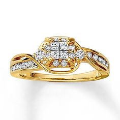 A quartet of princess -cut diamonds come together to create this breathtaking yellow gold engagement ring.