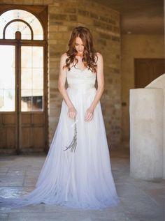 """Vestidos de Novia con un """"toque"""" de Color. Ombre Wedding Dress. Vestidos de novia degradados. Ideas para Bodas. www.myweddingdiario.com"""