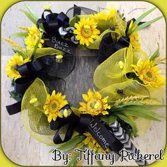 Bumble bee deco mesh wreath 2014
