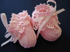 zapatos de crochet para bebe para bautizo - Buscar con Google