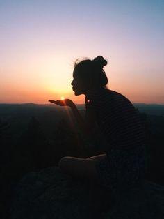 Inspiração: fotos durante uma road trip - Tour Tutorial and Ideas Cute Pictures, Cool Photos, Foto Instagram, Disney Instagram, Summer Photos, Girl Photography, Hipster Photography, Sunset Photography, Photography Ideas