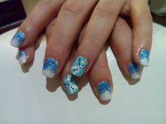 Frozen Olaf nail