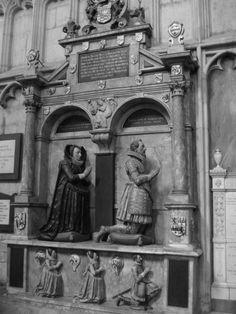 Elizabethan family tomb