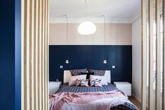A Haussmann apartment finds a second youth in Paris Photographe Architecture, Paris Decor, Architectural Photographers, Bedroom Decor, Bedroom Ideas, Curtains, Studio, Furniture, Home Decor