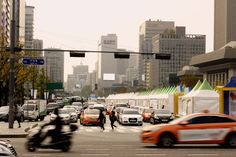 The Hustle and Bustle of Seoul