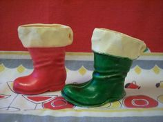 Vintage Chrismtas Santa Boots Candy Containers Ornaments Green Red 40s