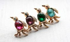 Vintage 1950's Brass Jelly Belly Bird Rhinestone Brooch.