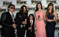Conflict intre Irinel Columbeanu si Mr Pink - http://localuriinbucuresti.ro/conflict-intre-irinel-columbeanu-si-mr-pink/