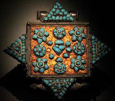 Gau - Tibetan reliquary locket   Ashmolean Museum