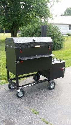 TSI-40 Reverse Flow Smoker #bbq #topshot Barbecue Pit, Bbq Grill, Custom Smokers, Outdoor Fire, Outdoor Decor, Cookers, Ovens, Grills, Smoking