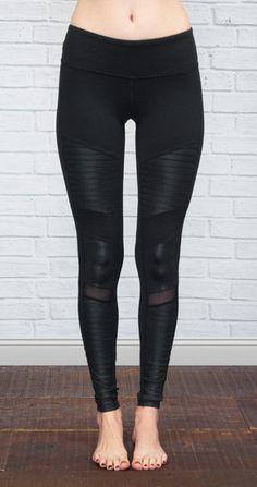 ALO YOGA | Athena Moto Legging in Black/Black Glossy @ www.shopblueeyedgirl.com