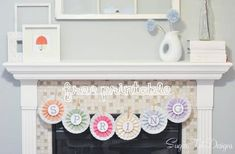 Spring banner made from coffee filters and pinwheels. Love this banner! Free Printable Banner, Free Printables, Spring Banner, Cute Banners, Paper Crafts, Diy Crafts, Hoppy Easter, Spring Crafts, Craft Projects