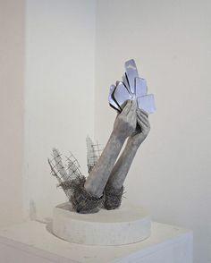 Poetic Sculptures with Metal Mesh – Fubiz Media