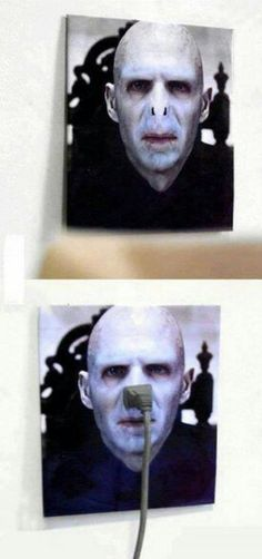 Funny pictures about Lord Voldemort Outlet. Oh, and cool pics about Lord Voldemort Outlet. Also, Lord Voldemort Outlet photos. Memes Do Harry Potter, Harry Potter Fandom, Hogwarts, Slytherin, The Meta Picture, Fantastic Beasts, Funny Pictures, Funniest Pictures, Funny Pics