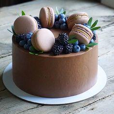 Creative Cake Decorating, Creative Cakes, Mini Cakes, Cupcake Cakes, Sweet Recipes, Cake Recipes, Macaron Cake, Cute Birthday Cakes, Painted Cakes