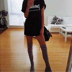 Bnwt Stuart Weitzman tight high boots 100% authentic purchased from Nordstrom never worn Stuart Weitzman Shoes