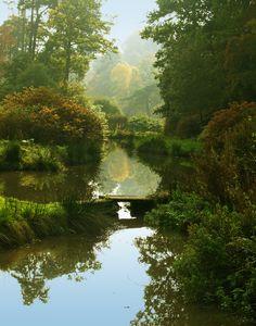 Leonardslee Gardens in Autumn