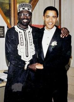 Malik Obama, with Barack Obama at his wedding to Michelle Obama. The US president asked his half -brother to be best man at the ceremony. First Black President, Mr President, Black Presidents, American Presidents, Joe Biden, Durham, Illuminati, Black Rocks, Barack Obama Family