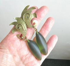 Vintage retro style clip on long brass and green acryl dangle earrings