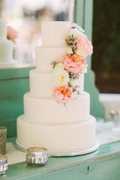 Wedding Cake With Purple Flowers Wedding Ideas With Wedding Cake Toppers Flowers