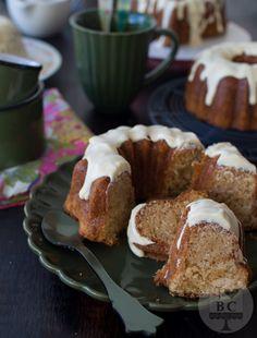 Mini Bundt Cakes de vainilla y cardamomo | I Love Bundt Cakes