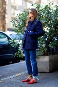 a630c51f052aa 40 street looks de la Fashion Week qui prouvent que le jean court a  remplacé le slim