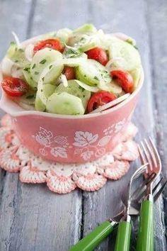 paula dean's cucumber, tomato and onion salad